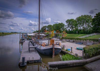 www.gansfotografie.nl shoot wedding garnwerd aan zee 2017-0413