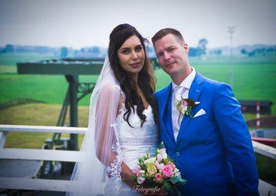 www.gansfotografie.nl wedding garnwerd aan zee boot, molen ,water Groningen-